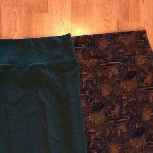 2 LuLaRoe skirts xs